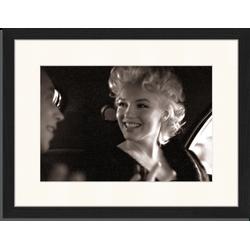 Marilyn Monroe - Fotoprint in houten frame met passe partout - 30 X 40 X 2,5 cm