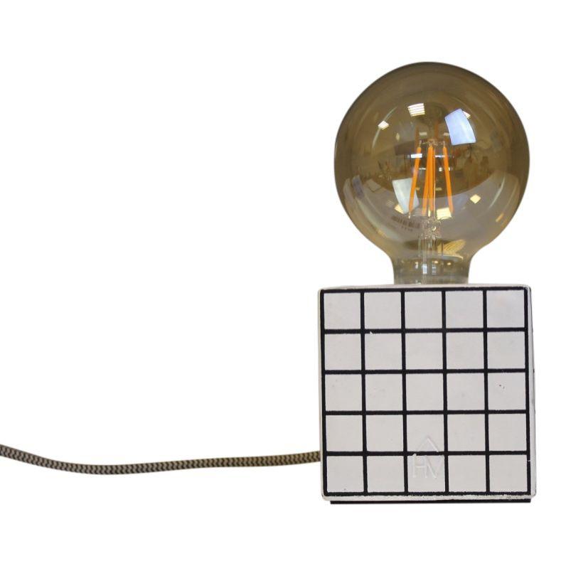 Blok Lamp-10x10cm-incl. grote gloeilamp-Grid- Zwart/ Wit-Housevitamin -