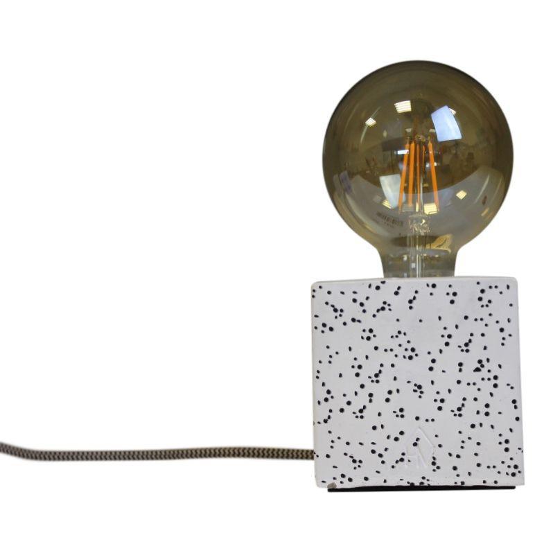 Blok Lamp-10x10cm-incl. grote gloeilamp-Stippen- Zwart/ Wit-Housevitamin -