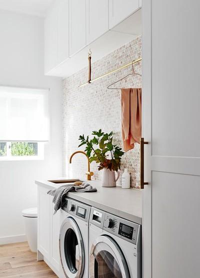 Zo richt een interieurarchitect de waskamer in