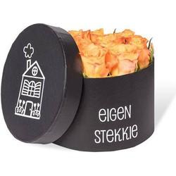 Rozen Giftbox Eigen stekkie