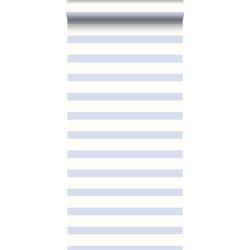 ESTAhome behang horizontale streep babyblauw