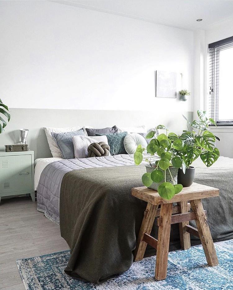 slaapkamer met plantjes