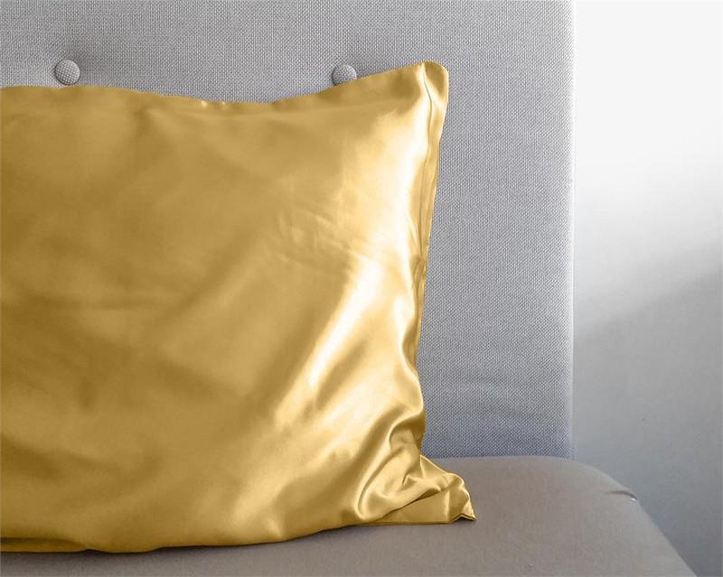 Beauty Skin Care Kussensloop Gold - 60 x 70 -
