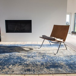 The Mad Men Cracks Collection Abyss Blue 8629 - Louis de Poortere - 280 x 360 cm