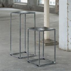Bloemenzuil 50cm met zand gegoten metalen blad en vintage stalen frame. / Zwart Nikkel
