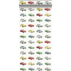 ESTAhome behang vintage auto's rood. geel en groen